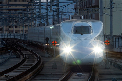 Shinkansen_120407_01995_1